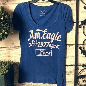 AEO Short Sleeve Graphic Tee Size L